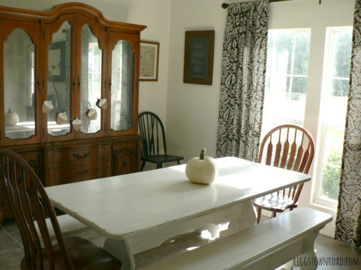 4f4a39625002 My Thrifty Farmhouse Table Makeover – Riggstown Road